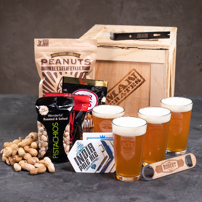 Awesome personalized pint set for beer lovers.